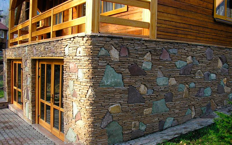 Отделка камнем стен, цоколя, фасадов в Казани